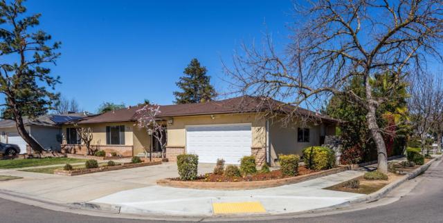 788 E Minarets Avenue, Fresno, CA 93720 (#499370) :: FresYes Realty