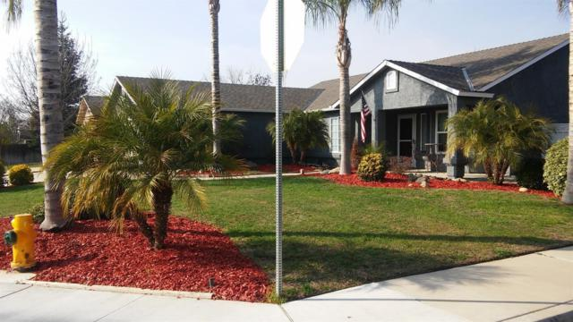 560 6Th Street, Sanger, CA 93657 (#499421) :: FresYes Realty
