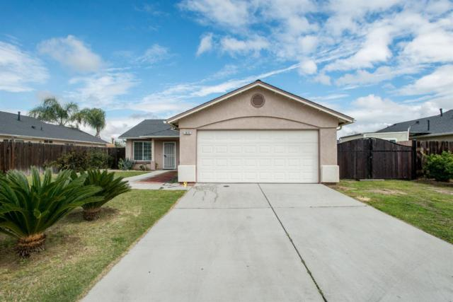 1672 Bennett Way, Sanger, CA 93657 (#499483) :: FresYes Realty