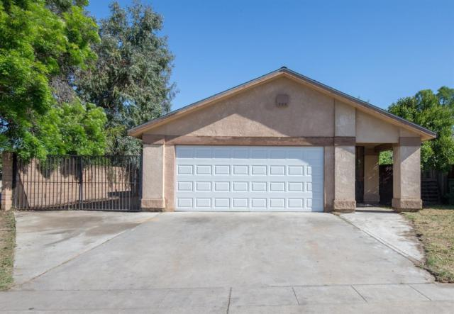 4805 E Atchison Avenue, Fresno, CA 93725 (#501114) :: FresYes Realty