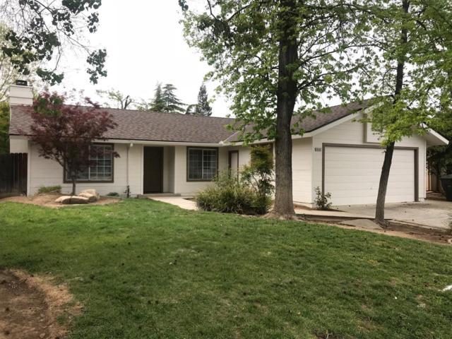6467 N Tracy Avenue, Fresno, CA 93722 (#501137) :: FresYes Realty