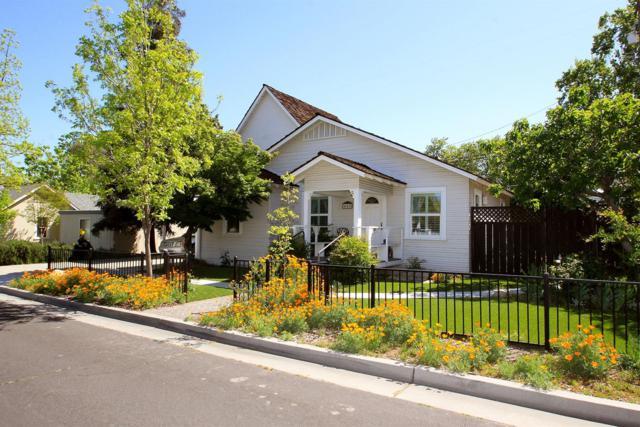 445 Dewitt Avenue, Clovis, CA 93612 (#501169) :: FresYes Realty