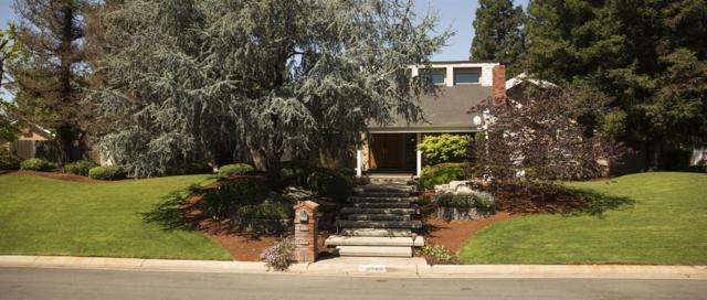9843 N Tea Party Lane, Fresno, CA 93720 (#501183) :: FresYes Realty