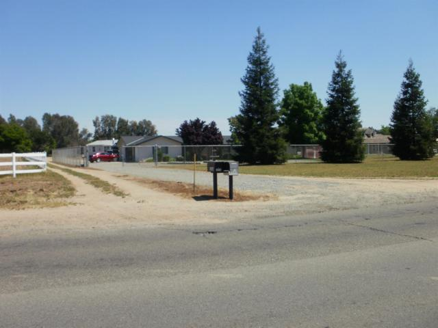 1806 N Temperance Avenue, Fresno, CA 93727 (#501228) :: FresYes Realty