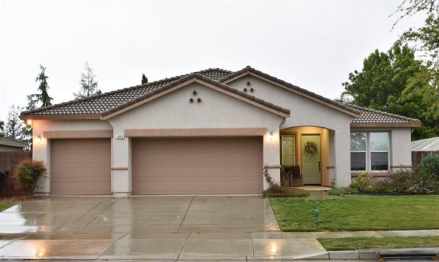 349 Hampton Street, Tulare, CA 93274 (#501233) :: FresYes Realty