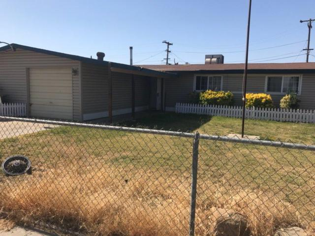 2837 W Terry Avenue, Riverdale, CA 93656 (#502719) :: FresYes Realty