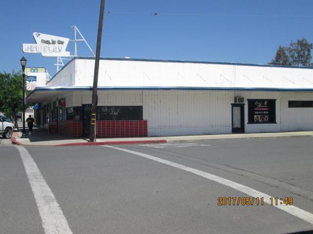 1091 O Street Street, Firebaugh, CA 93622 (#503798) :: FresYes Realty
