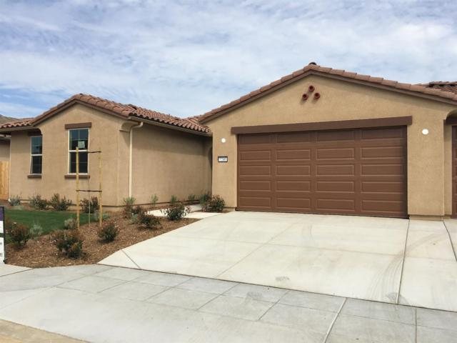 7240 E Yale Avenue, Fresno, CA 93737 (#504476) :: FresYes Realty