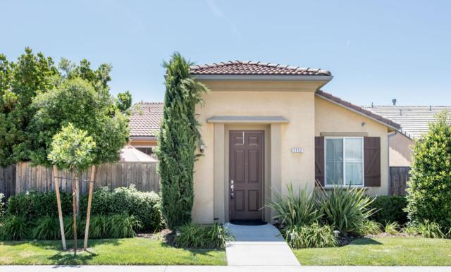 3952 Heritage Avenue, Clovis, CA 93619 (#504779) :: Raymer Realty Group
