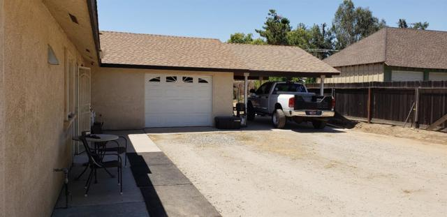 9199 E Bullard Avenue, Clovis, CA 93619 (#504977) :: Raymer Realty Group