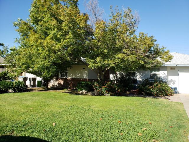4684 N Fruit Avenue, Fresno, CA 93705 (#505002) :: Raymer Realty Group