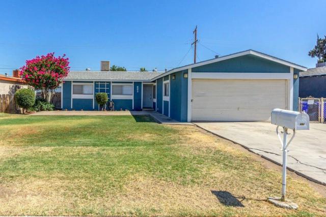 692 Oakmont Avenue, Porterville, CA 93257 (#505069) :: Soledad Hernandez Group