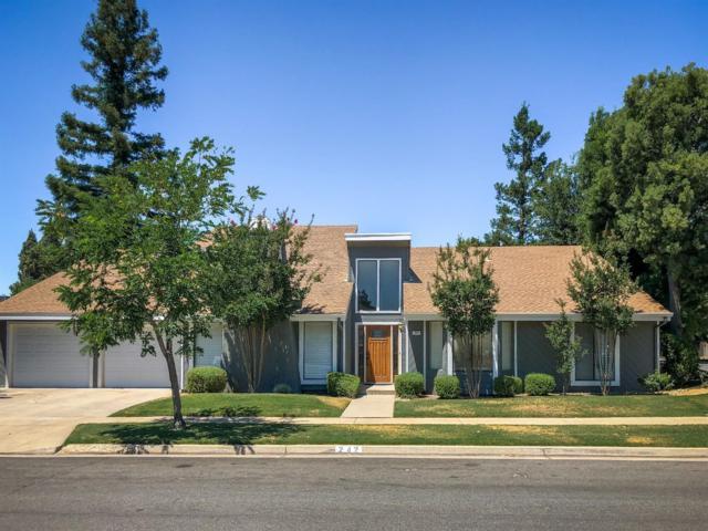 242 E Muncie Avenue, Fresno, CA 93720 (#505108) :: Raymer Realty Group