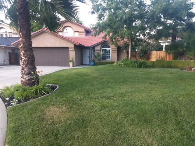 9446 N Meridian Avenue, Fresno, CA 93720 (#505170) :: Raymer Realty Group