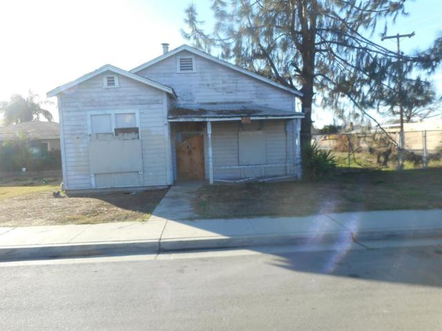 317 O Street, Sanger, CA 93657 (#505206) :: Raymer Realty Group