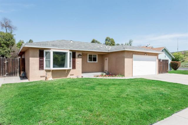 4745 E San Gabriel Street, Fresno, CA 93726 (#505230) :: Raymer Realty Group