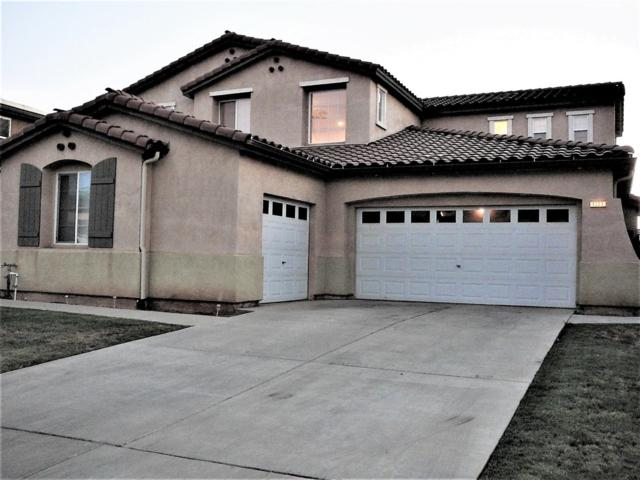 1033 Pinewood Avenue, Sanger, CA 93657 (#505243) :: Raymer Realty Group