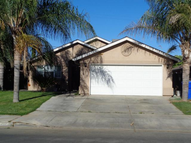 990 Redwood . Street, Parlier, CA 93648 (#505567) :: FresYes Realty