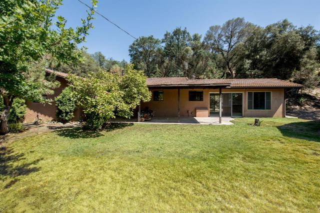 35879 Sand Creek Road, Squaw Valley, CA 93675 (#505593) :: FresYes Realty