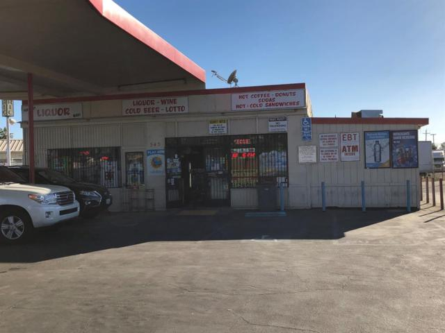 545 N Parkway Drive N, Fresno, CA 93728 (#505687) :: FresYes Realty