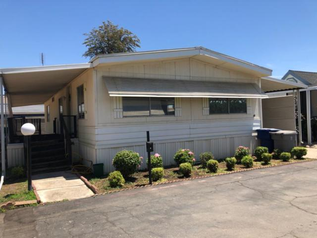 105 W Herndon Avenue #60, Pinedale, CA 93650 (#506221) :: FresYes Realty