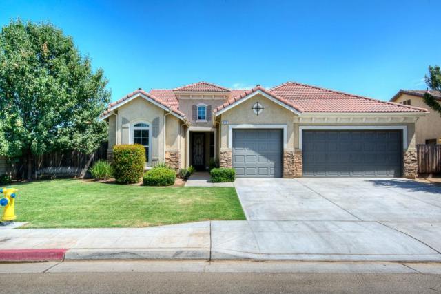 665 W Fremont Avenue, Clovis, CA 93612 (#506376) :: FresYes Realty
