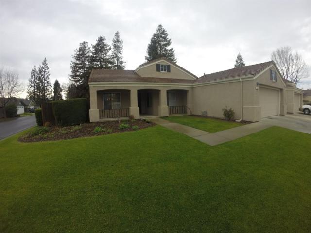 7649 N Baird Avenue, Fresno, CA 93720 (#506405) :: FresYes Realty