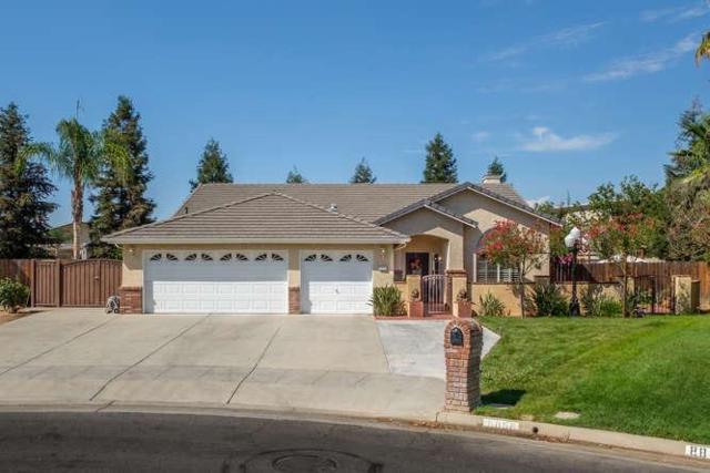 8858 N Recreation Avenue, Fresno, CA 93720 (#506428) :: FresYes Realty