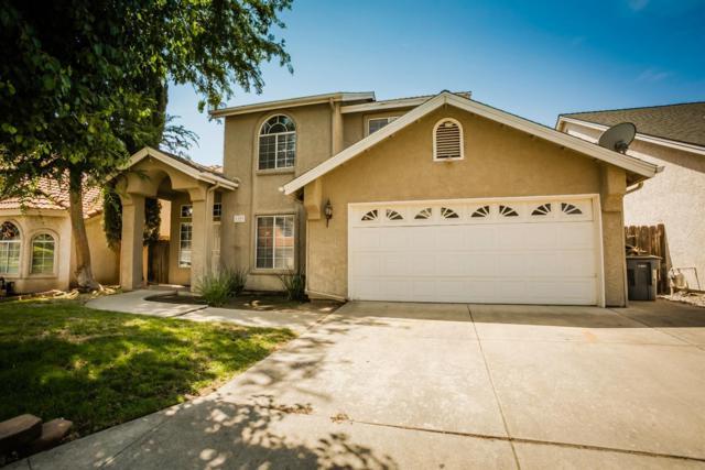1327 E Richmond Avenue, Fresno, CA 93720 (#506444) :: FresYes Realty