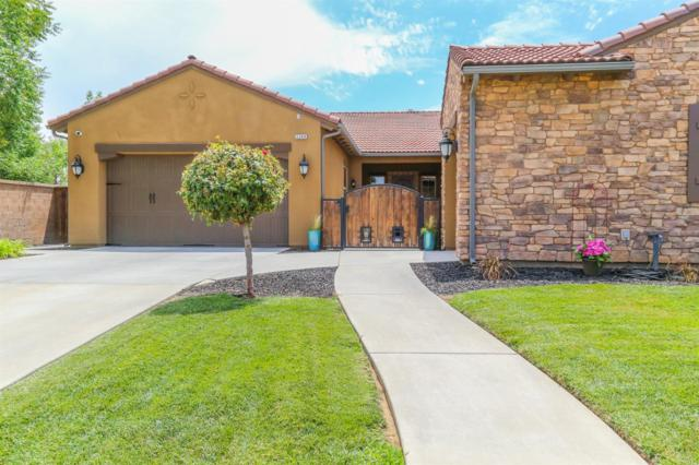 3288 Beverly Avenue, Clovis, CA 93619 (#506449) :: FresYes Realty