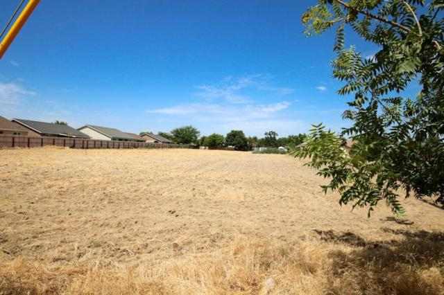 0 Parcel B Of Map #2017-1 Frkwd, Reedley, CA 93654 (#506464) :: FresYes Realty
