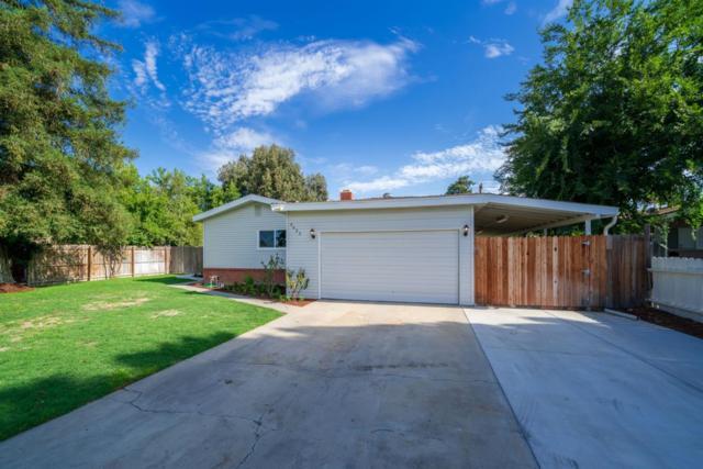 4635 E Peralta Way, Fresno, CA 93703 (#506467) :: FresYes Realty