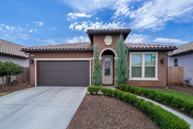 2416 S Via Certosa Drive, Fresno, CA 93727 (#506526) :: FresYes Realty