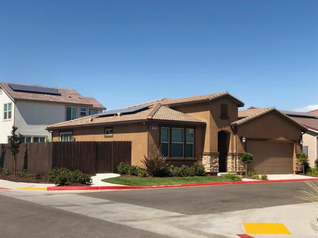 2022 E Axelson Drive, Fresno, CA 93730 (#506555) :: FresYes Realty