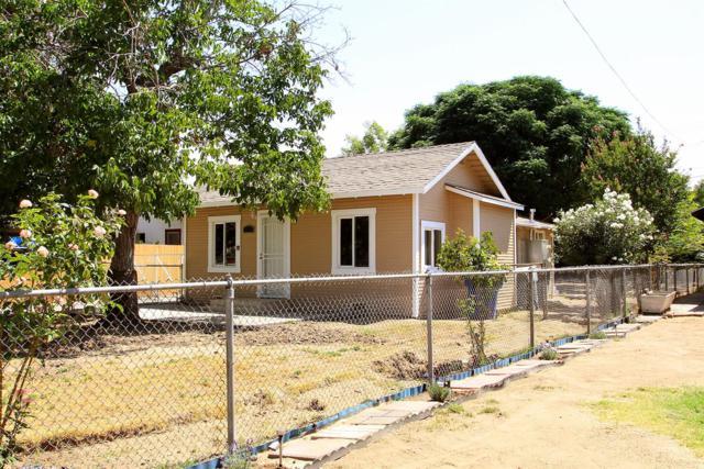 453 S Sierra Vista Avenue, Fresno, CA 93702 (#506569) :: FresYes Realty