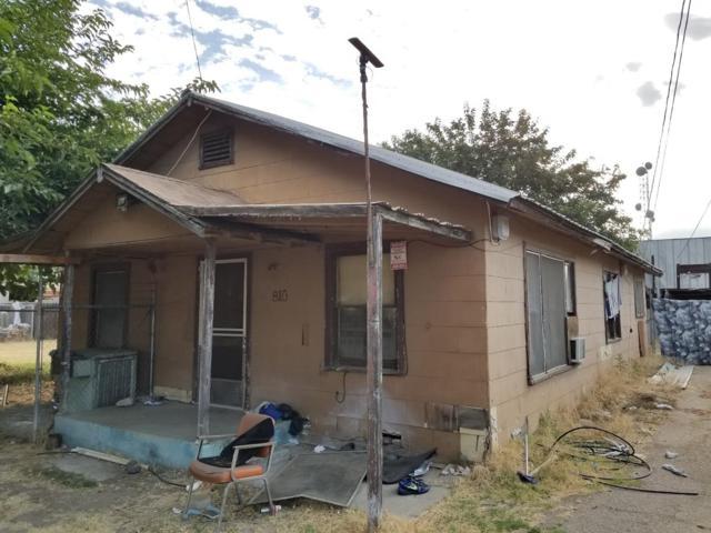 810 N Kady Avenue, Reedley, CA 93654 (#506599) :: FresYes Realty
