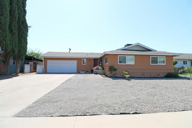 779 N Eaton Avenue, Dinuba, CA 93618 (#506619) :: FresYes Realty