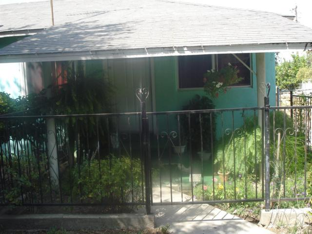 13208 S Marsh Avenue, Caruthers, CA 93609 (#507789) :: Soledad Hernandez Group