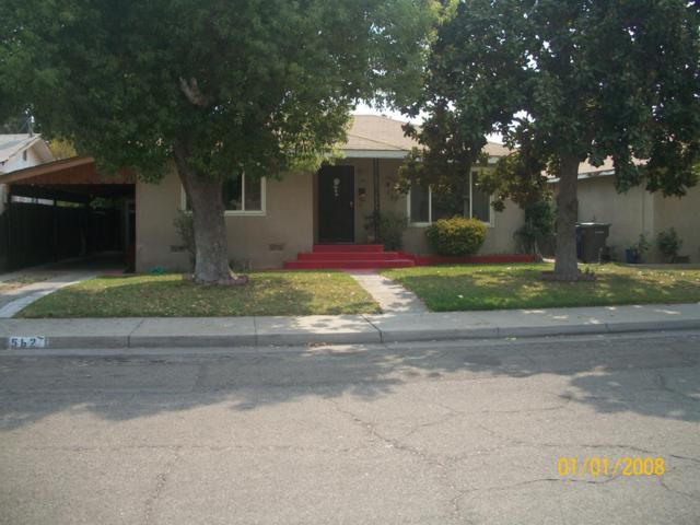 562 S 2Nd Street, Kerman, CA 93630 (#508459) :: Soledad Hernandez Group