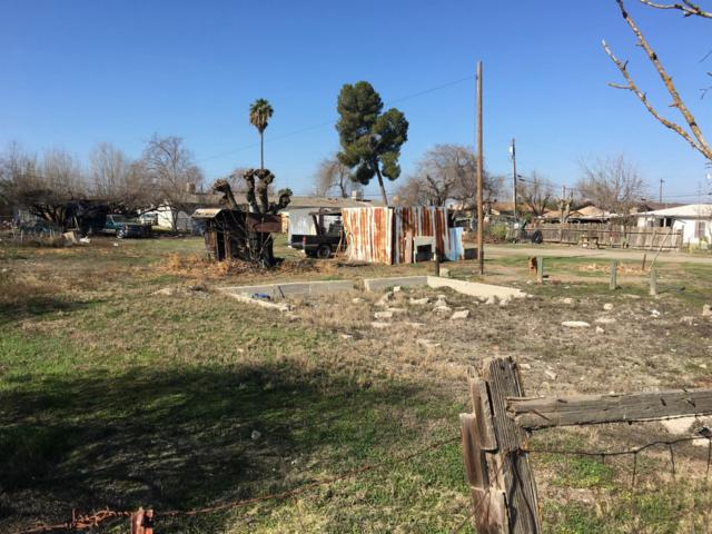 1770 Beehive Drive, Firebaugh, CA 93622 (#508563) :: FresYes Realty