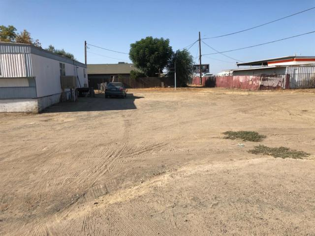 402 Becky Pease Street, Kettleman City, CA 93239 (#508680) :: FresYes Realty