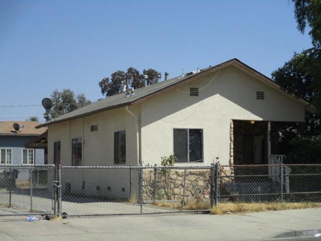 1442 N Court Street, Visalia, CA 93291 (#508784) :: Soledad Hernandez Group