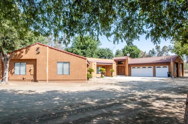 30751 Hill Drive, Exeter, CA 93221 (#509164) :: FresYes Realty