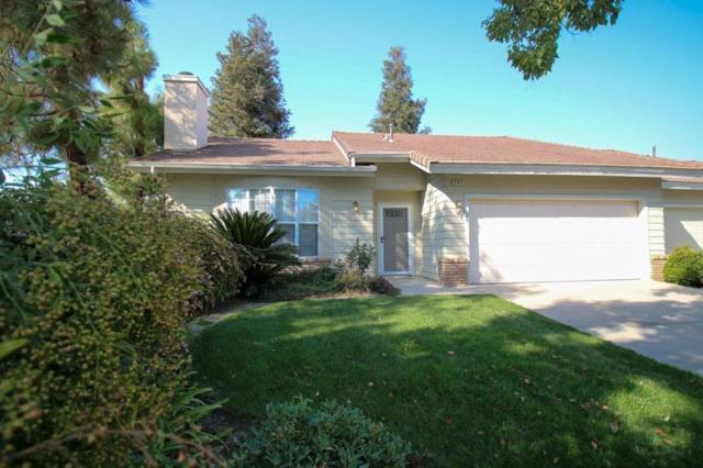 505 Village Court, Dinuba, CA 93618 (#509627) :: Soledad Hernandez Group