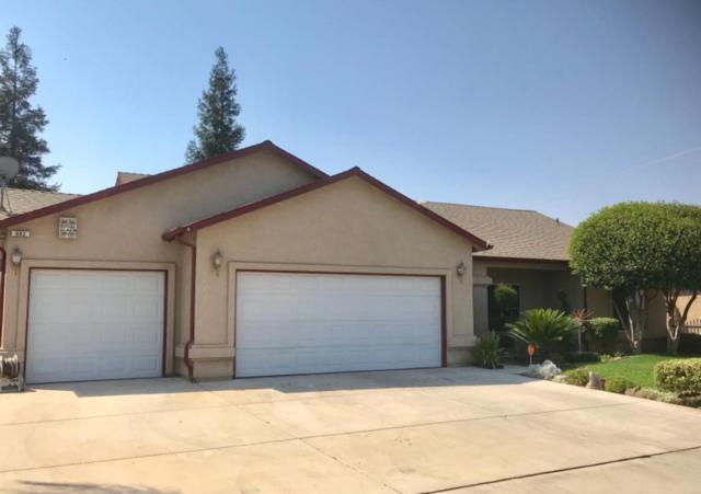 662 W Meadow Lane, Kingsburg, CA 93631 (#509645) :: Soledad Hernandez Group