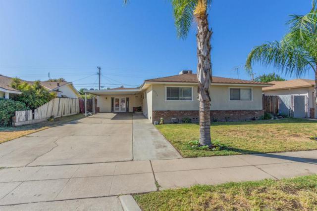 4754 E Ashcroft Avenue, Fresno, CA 93726 (#509669) :: Soledad Hernandez Group