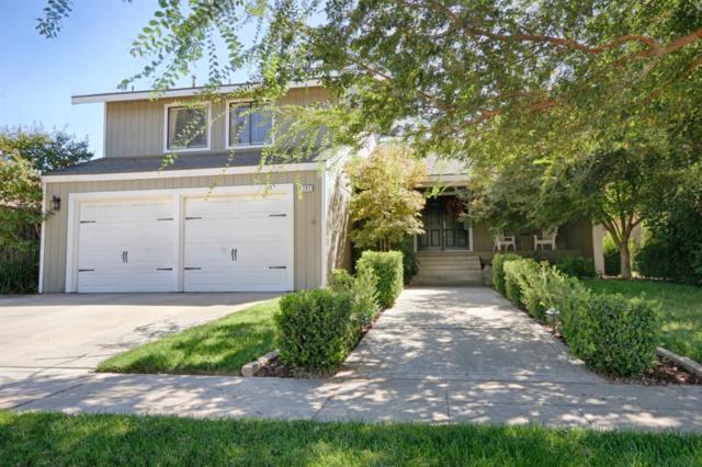 297 E Omaha Avenue, Fresno, CA 93720 (#510104) :: FresYes Realty