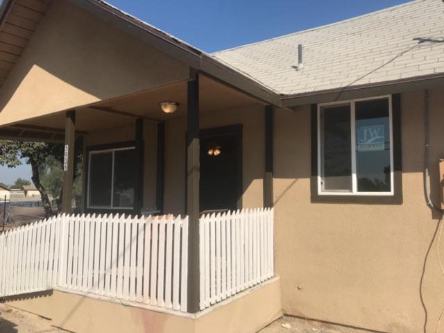 5936 E Latonia Avenue, Laton, CA 93242 (#510151) :: Soledad Hernandez Group