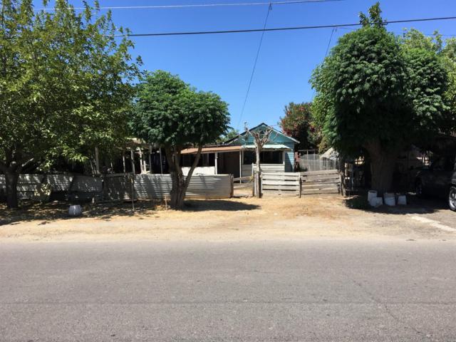 20859 Gonser Street, Laton, CA 93242 (#510166) :: Soledad Hernandez Group