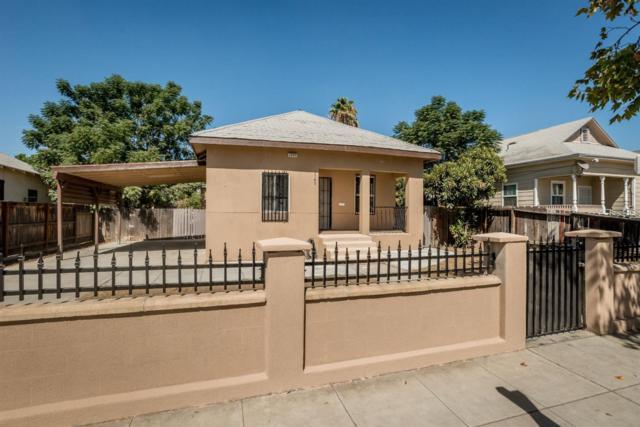 2543 E Washington Avenue, Fresno, CA 93701 (#510457) :: FresYes Realty